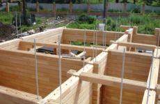 Строительство домов из клееного бруса: советы по выбору дома